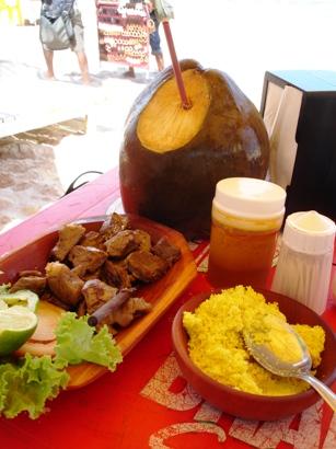 carne-de-sol-farofa-e-agua-de-coco.jpg