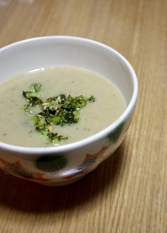 sopa-de-feijao-e-broculos