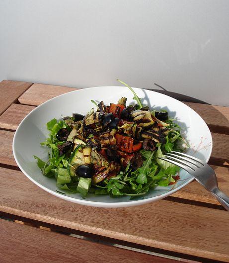 Salada de legumes grelhados I