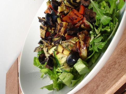 Salada de legumes grelhados II